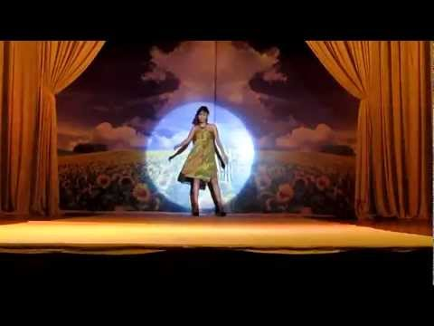 Maxivic Fashion trình diễn thời trang ngày 21/8/2011