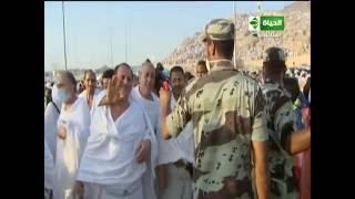 بالفيديو.. رجال الأمن السعودية يقدمون سبل الراحة لحجاج بيت الله الحرام