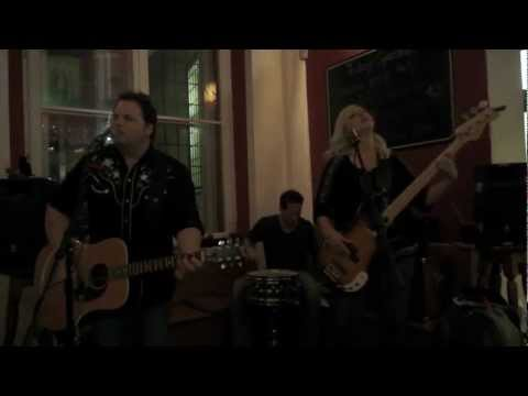 "THE FALLEN STARS ""Jealous Kind"" @ Globe Bookstore (Prague, Czech Republic) 25-9-2012"