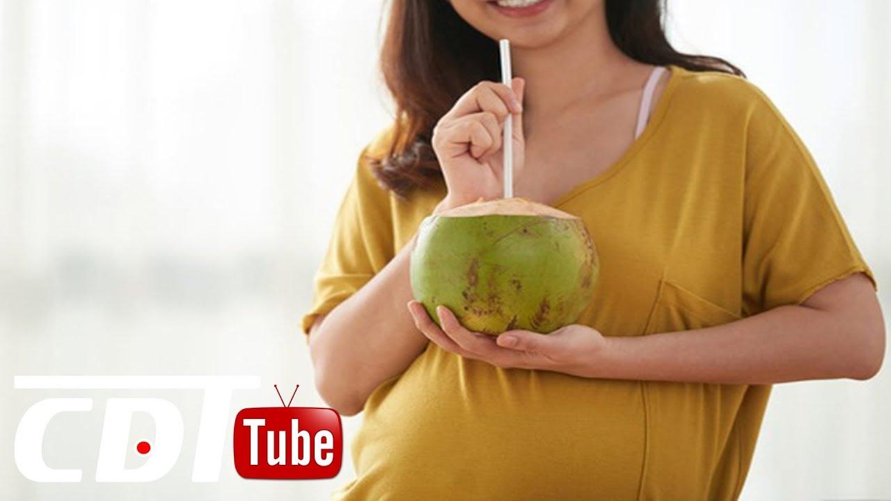 Bà bầu dùng nước dừa cần lưu ý gì? | CDT NEWS