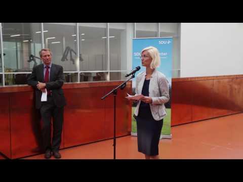 Ulla Tørnæs: SDU, I spiller en nøglerolle i udviklingen af ny droneteknologi.