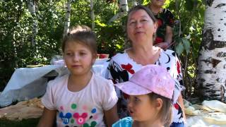 На берёзовом пригорке  Ксюша и Кристина 1