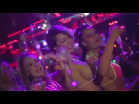 Crazy Horse III - Neon Flow Party Recap
