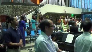 Bé Hiền Dạo Piano - Chính Mình Máu Chúa
