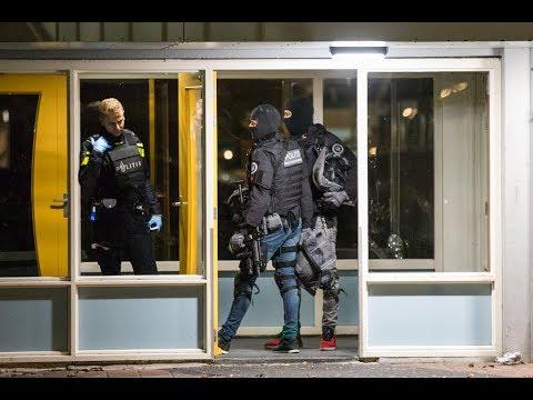 Verwarde man aangehouden in IJmuiden, arrestatieteam paraat