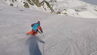 Slalom Turns / carving ski in Pyrénées / Ski-test by Sports Aventure