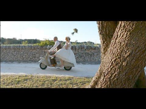 Daniela Mastrandrea | Mondi Paralleli (Official Video) from YouTube · Duration:  3 minutes 34 seconds