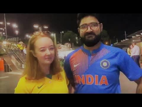 Marriage Proposal in cricket match