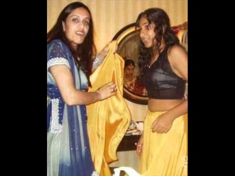 aunty life cleavage real desi