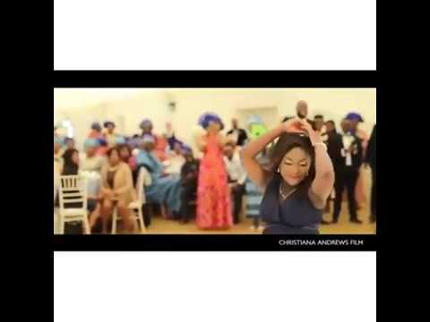 Heavily Pregnant Woman Shows her Dancing Skills at a Wedding Reception