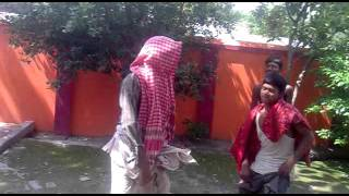 Comedy nd funny dance in bhojpuri song