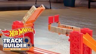 Track Builder Stunt Bridge | Hot Wheels