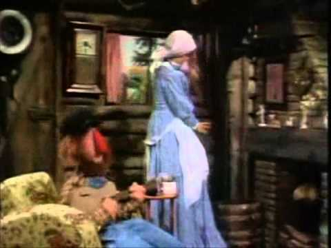 Muppets - Candice Bergen - Put another log on the fire