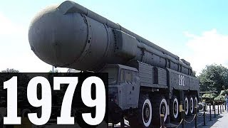 1979 - The Soviet Union deploys its SS20 missiles and NATO responds (Jamie Shea's History Class)