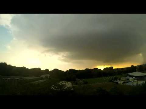 Amazing thunderstorm formation - Time Lapse