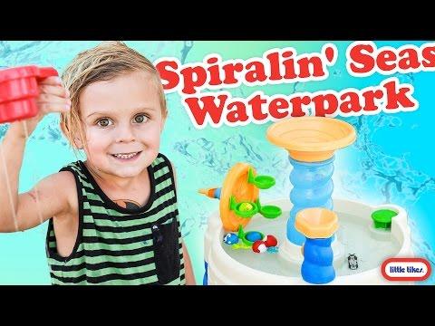 Little Tikes SPIRALIN' SEAS WATERPARK + See it in action!