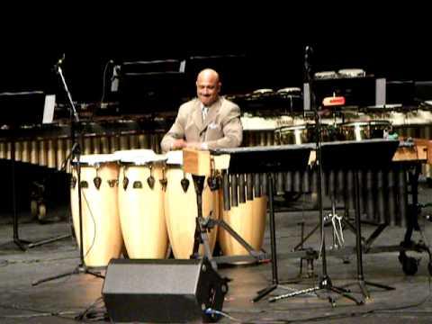 Rolando Morales-Matos Hand Drumming.avi