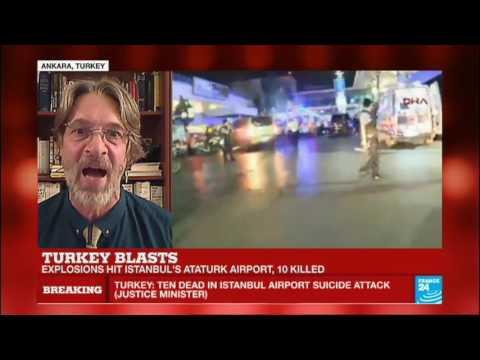 """Istanbul Atatürk airport attack: """"very powerful explosions"""" - At 10 people killed"""