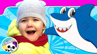 Erika se divierte con BABY SHARK   Erika has FUN with BABY SHARK Song for Kids