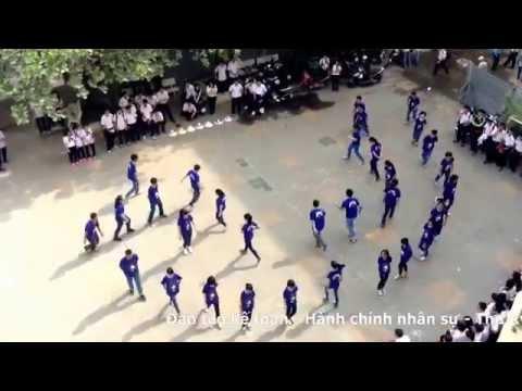 Nhảy flashmob tập thể lớp