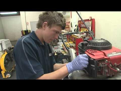 A Career as an Outdoor Power Equipment Technician (JTJS52010)