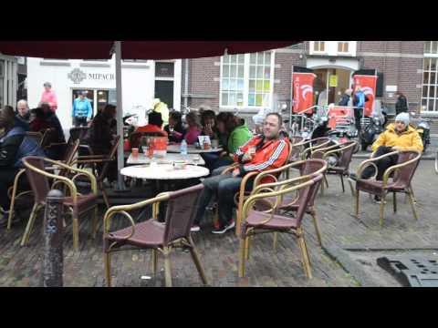 Bij Cafe DE Jordaan met..? tijdens Amsterdam City Walk