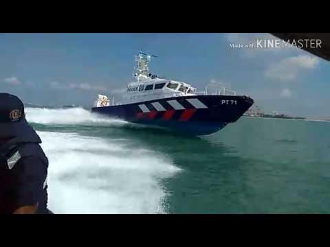 Boat Malaysia dan Singapore, test speed