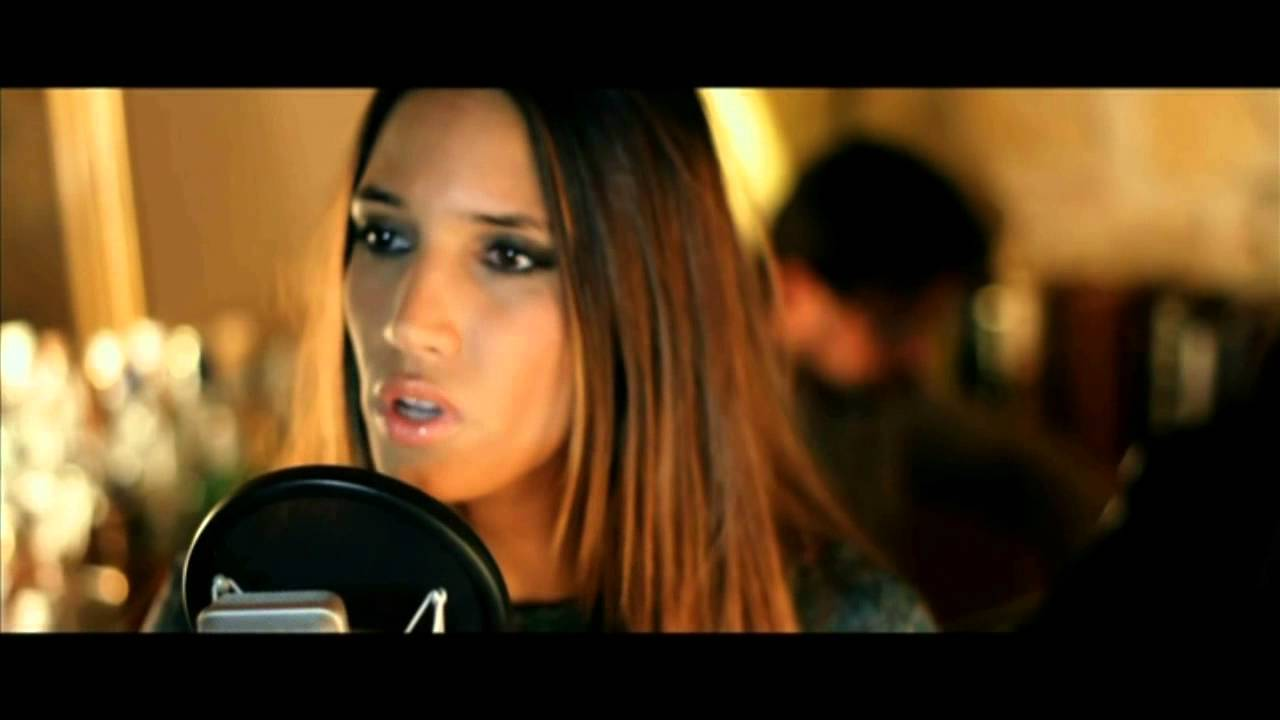 India Martinez - aléjate de mi (acústico)