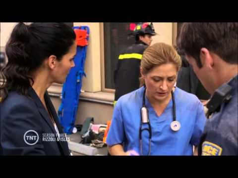 Rizzoli & Isles - Building collapse part 1