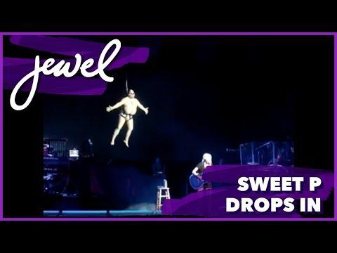 Sweet P drops in on Jewel