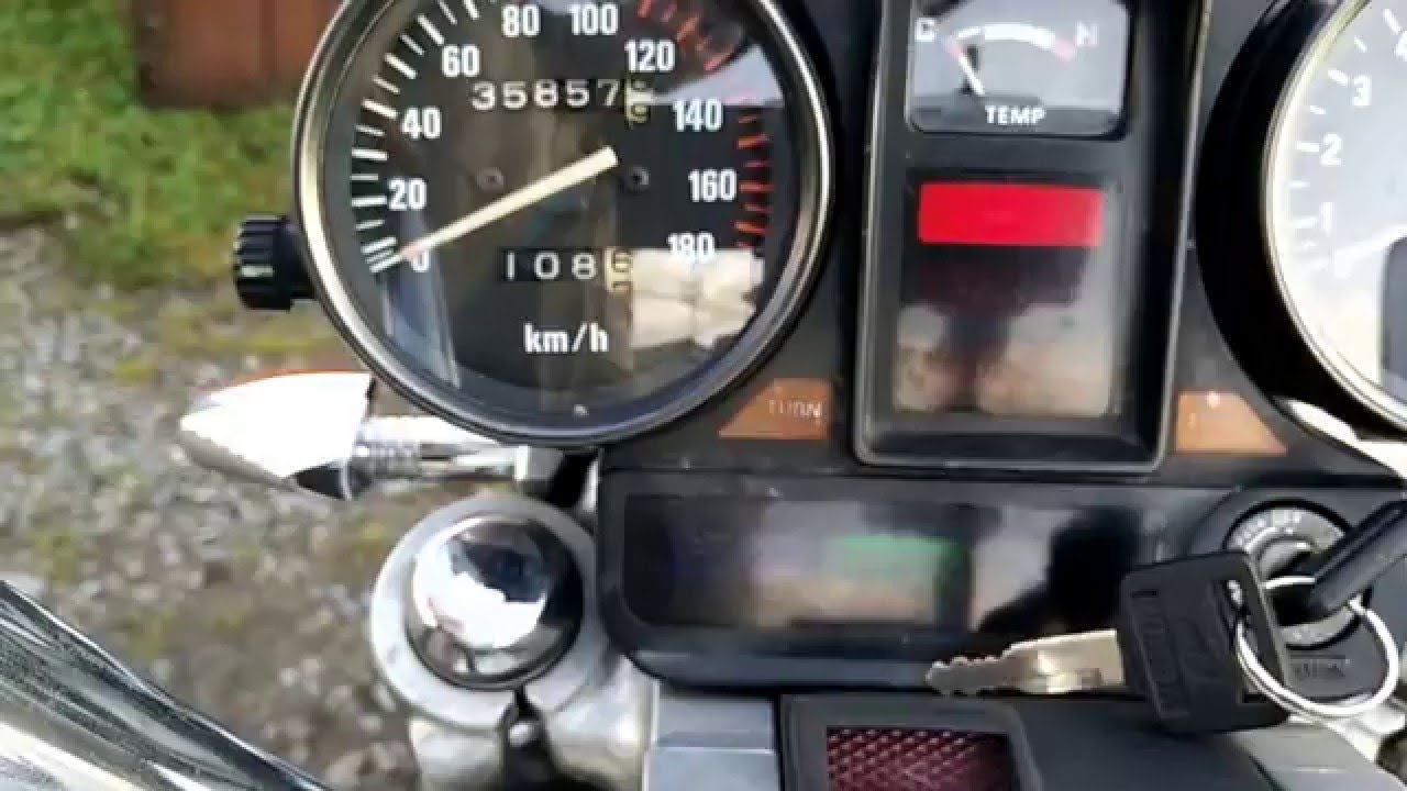 Why this is better than the Shadow 750 (Honda Magna Legend) - YouTube