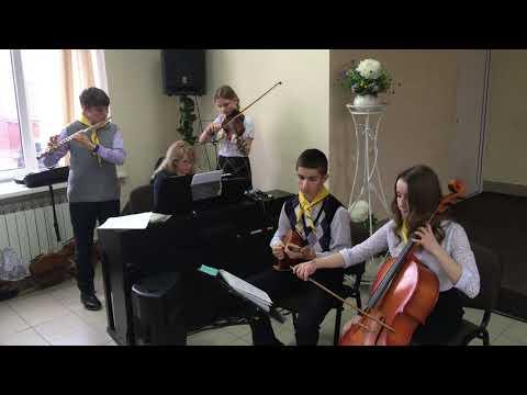 Гимн прославления в церкви христиан адвентистов седьмого дня в городе Иваново.