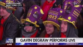 Gavin DeGraw: She Sets The City On Fire (New Years Eve Times Square)