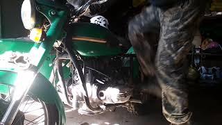 Первый запуск двигателя мотоцикла Урал после ремонта.