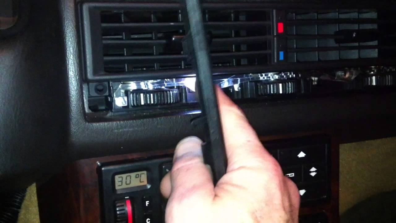 Bose Sound System >> Mercedes r129 dash vent lighting to white LED - YouTube