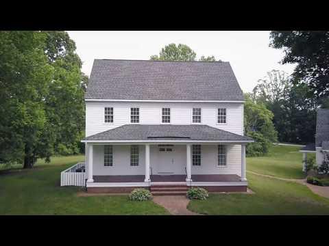 5BR Farmhouse on 3 Acres - 8739 Richmond Road, Toano VA 23168
