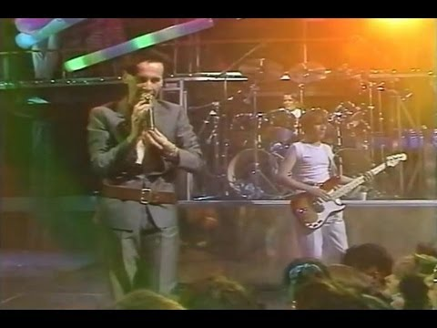 "Simple Minds - ""The Tube"" Newcastle 1982 (pseudo-stereo)"