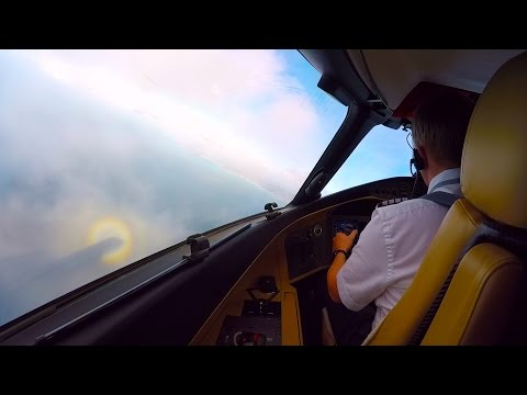 Cloud Bashing Approach to Landing in Antigua - Global 6000 - Halo