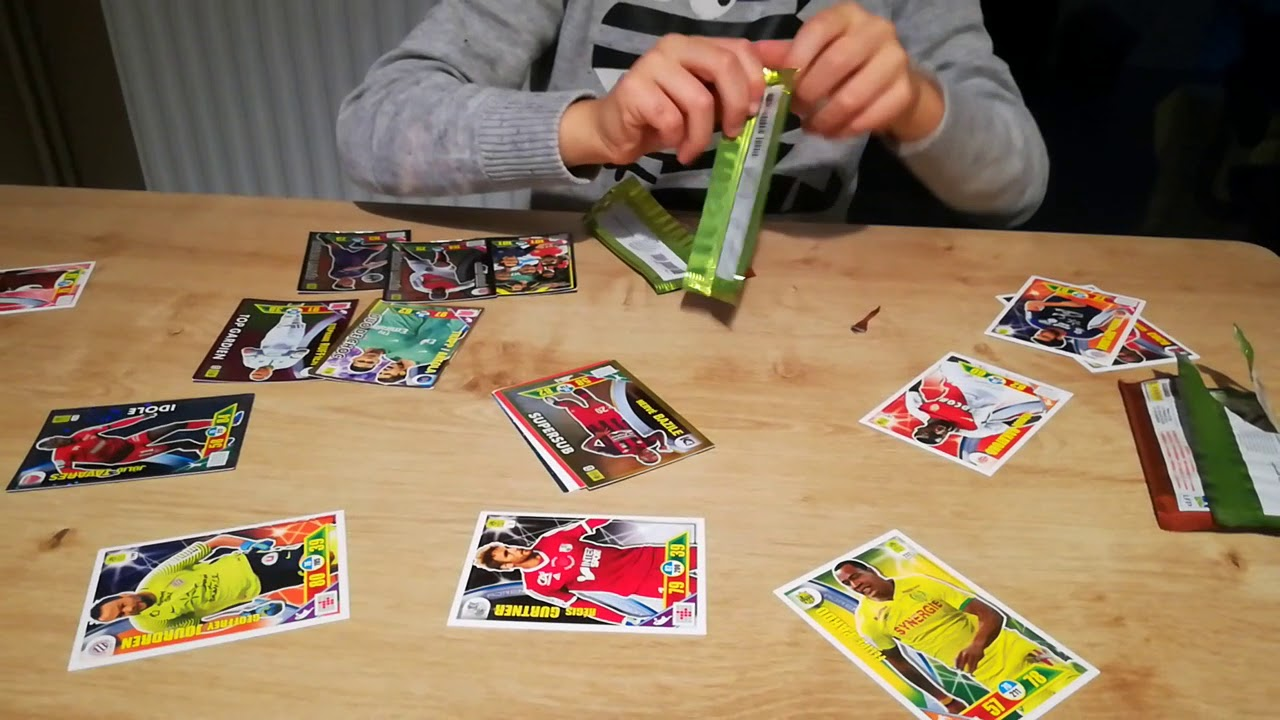 ouverture de cartes foot panini adrenalyn 2017 2018 youtube
