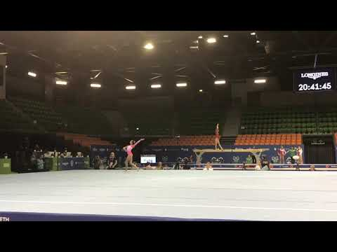 Ana Luíza Solo 2019 Mundial Juvenil Podiun Traning