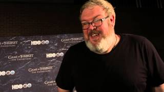Game of Thrones Season 4: Kristian Nairn Remembers the Fallen (HBO)