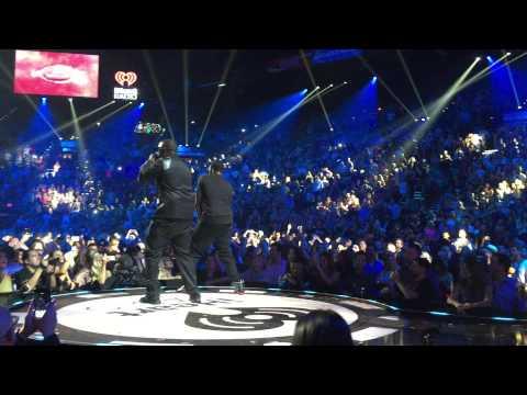 Puff Daddy iHeart Radio Music Festival 2015 Mo Money Mo Problems