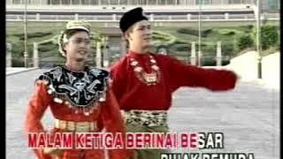 Download Mp3 Sanisah Suri - Joget Malam Berinai  Selamat Pengantin Baru  | Video Karaoke L /r