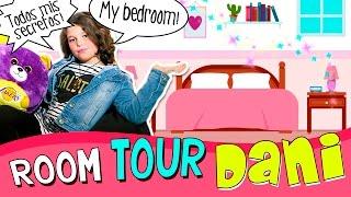 ROOM TOUR de DANIELA 💕 * ¡Os enseña TODOS sus SECRETOS! 😱 ¡¡The Crazy Haacks ROOM TOUR!!