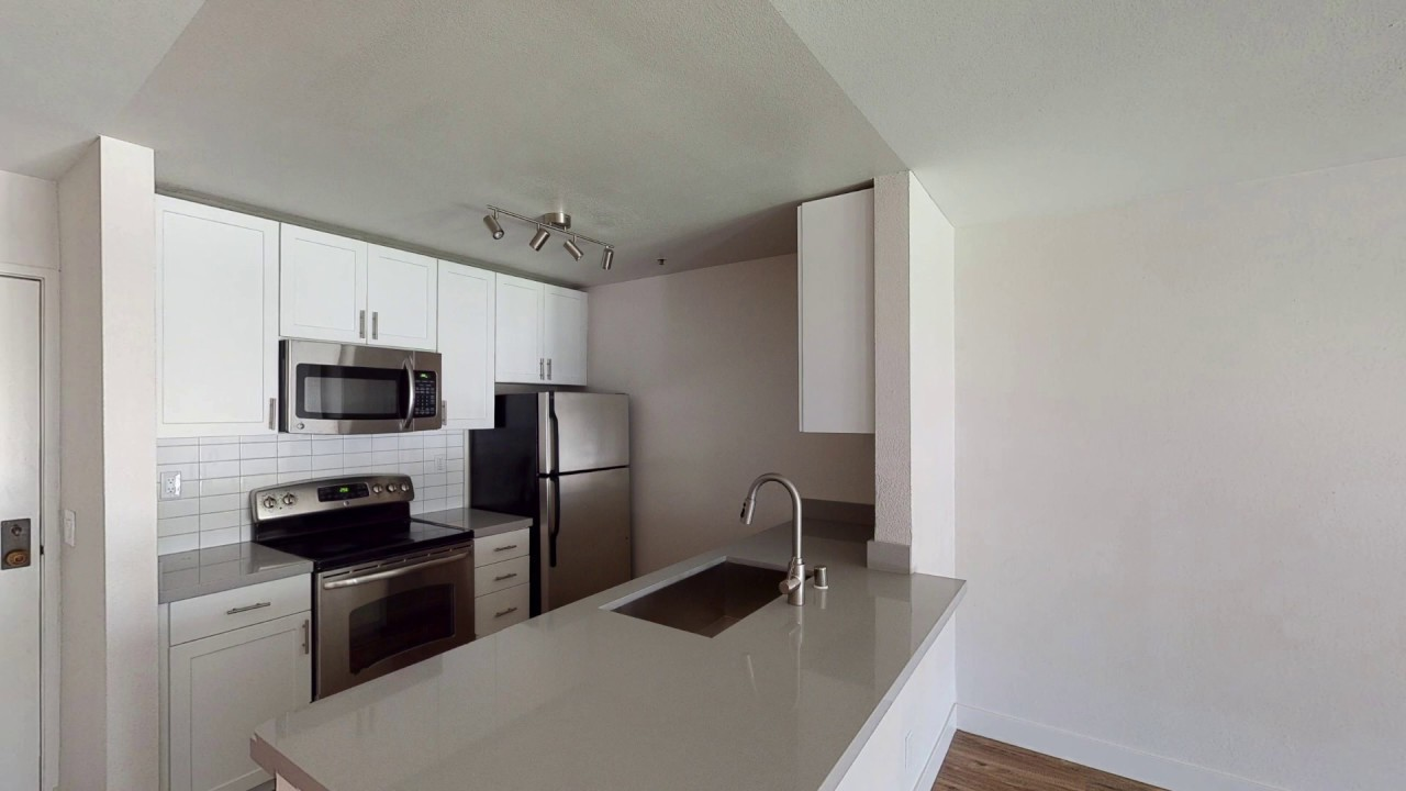 Bayside Village - Renovated 2 Bedroom Apartment - San ...