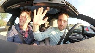 Rijden zonder handen aan het stuur: Tesla