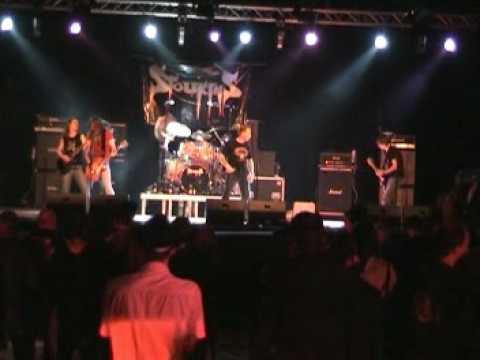 Stoukins - die Hardrock-Coverband aus Luzern (AC/DC, Krokus und Rose Tattoo)