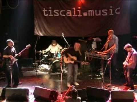 Breaks Co-op - Last Night (Live)