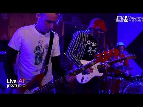 Martin Månsson Sjöstrand Trio (Sweden) - 'Cosmos Redshift' (live)