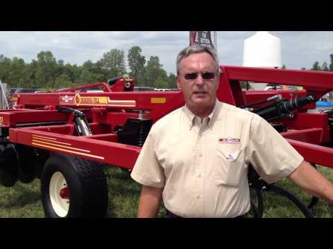 McFarlane Quadra-Till at Wisconsin Farm Technology Days
